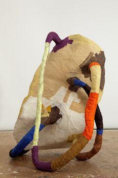 Hannah - Fabienne lasserre Sculpture Textile, Modern Sculpture, Soft Sculpture, Abstract Sculpture, Textile Art, Modern Art, Contemporary Art, Art Object, Public Art