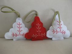 Red and white felt tree ornaments on madeit.com