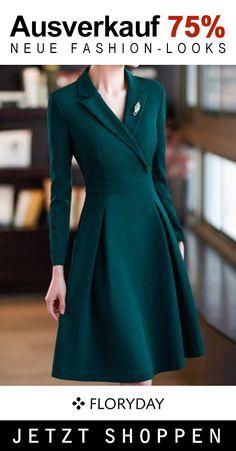 Schönes Kleid für den Alltag. Elegant Dresses Classy, Elegant Dresses For Women, Elegant Outfit, Pretty Dresses, Women's Dresses, Dress Outfits, Fashion Dresses, Long Casual Dresses, Dress Formal
