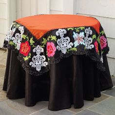 Katherine's Collection Day of the Dead Table Topper