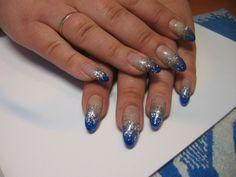 Nägel Fotos bei Svetlana 24 Blau mit Silber