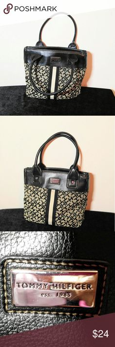 Very Nice Clean Tommy Hilfiger Purse Tommy Hilfiger Purse-12.5 X10 with a 8.5 inch drop Tommy Hilfiger Bags