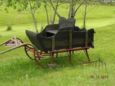 Horse Drawn Wood Sleigh Antique Runners Ranch Wagons Gallery Prop Old Sleighs #horsedrawnwoodensleigh