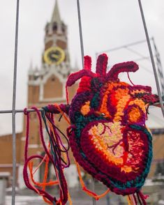 Anatomical Heart Yarn Bomb by Katika – You Have To See This … Art Au Crochet, Free Crochet, Knit Crochet, Yarn Bombing, Guerilla Knitting, Art Fil, Anatomical Heart, Hand Art, Textile Artists
