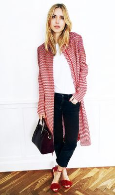 The You Way ties in her statement duster cardigan with fun shoes.