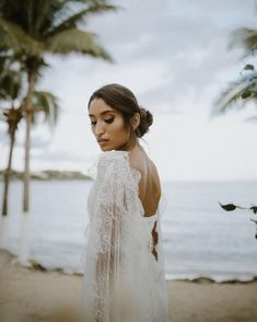 Timeless Wedding Hair and Makeup Looks You'll Love Forever Wedding Hairstyles For Long Hair, Wedding Hair And Makeup, Bridal Makeup, Hair And Makeup Artist, Makeup Artists, Hair Makeup, Lebanese Wedding, Wedding Braids, Instagram Wedding