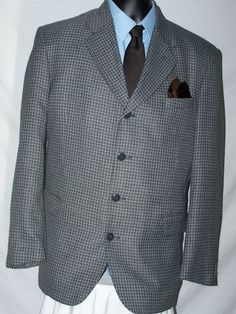 Soho Collections Men's Gray  Plaid & Check Wool Blend Sport Coat Size 42R #SohoCollections #FourButton