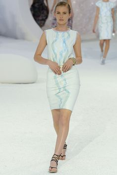 CHANEL Spring 2012 (12P) RUNWAY $10,000 MOST WANTED LAMBSKIN LEATHER #MERMAID DRESS LESAGE IRIDESCENT RIBBON RARE ROSE BYRNE #ROSEBYRNE #CHANEL #LESAGE #CHANELSPRING2012 #COUTURE #VOGUE #CHANELRUNWAY #RUNWAY #KARLLAGERFELD #LAGERFELD