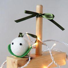 Mistletoe Tree Decoration Mistletoe, Tree Decorations, Goodies, Sewing, How To Make, Christmas, Handmade, Sweet Like Candy, Xmas