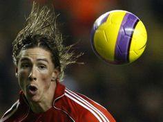 fernando torres Soccer Players, Soccer Ball, Fernando Torres, Football Players, European Football, European Soccer, Soccer, Futbol