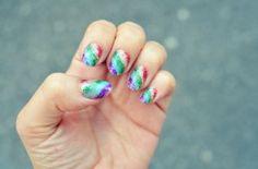 DIY rainbow glitter nails