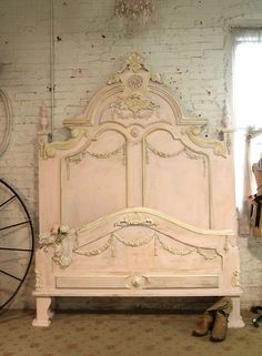 Wow what an amazing headboard for your romantic boudoir. FEATURES: Super dramatic high headboard with lots of detail and carvings. Complete with