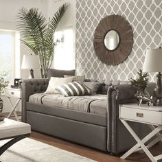 25 Chesterfield Sofas That Are Sure to Really Tie Your Room Together Daybed In Living Room, Daybed Room, Wood Daybed, Small Room Bedroom, Small Rooms, Bedroom Ideas, Spare Room, Trendy Bedroom, Small Spaces