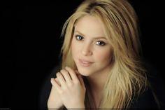 """LAS CADERAS TABASCO: Nueva Foto: Shakira para """"Robert Deutsch"""" (2009)"""
