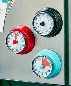 This 60-minute Retro Magnetic Kitchen Timer brings you right back to your childhood. The magnetic backing makes it easy to affix to your fridge or range hood. 2