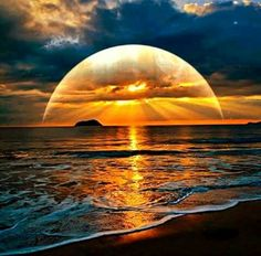 Diamond Painting Sunset Over the Beach - craft kit DIY Diamond painting. Sunset Over the Beach. Square drill, 6 kit sizes to pick DIY Diamond painting. Sunset Over the Beach. Square drill, 6 kit sizes to pick from. Beautiful Moon, Beautiful Sunrise, Beautiful Images, Simply Beautiful, Absolutely Gorgeous, Beautiful Sunset Pictures, Sunset Images, Beautiful Scenery, Nature Pictures