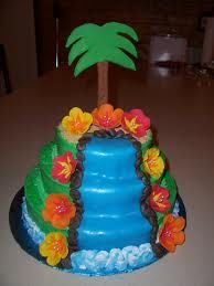 Luau Themed Wedding Cakes | The Wedding Specialists