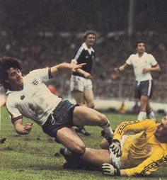 26th May 1978. England captain Kevin Keegan worked a one-two with Trevor Brooking and scores past Scotland goalkeeper George Wood.