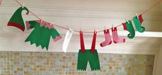 Laundry Day At The North Pole Christmas by primsandproper on Etsy
