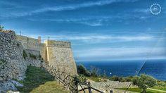 Il mare è un amico dalle mille facce, mai monotono, mai ripetitivo, mai uguale. (Susanna Agnelli) #castro #salento #salentoèstile #puglia #italy #castle #sea