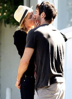 Emily VanCamp and Josh Bowman: Costars to Couple: April 22, 2012