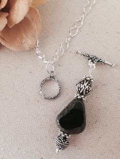 Pretty Black & Brown Onyx Antique Silver Pewter Beaded Necklace