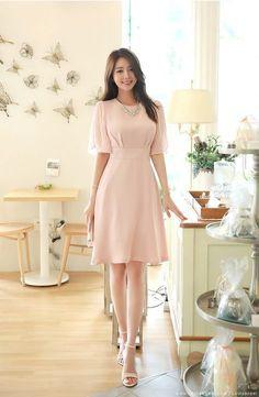 Korean Fashion – How to Dress up Korean Style – Designer Fashion Tips Simple Dresses, Pretty Dresses, Beautiful Dresses, Casual Dresses, Prom Dresses, Chiffon Dresses, Fall Dresses, Long Dresses, Pretty Outfits