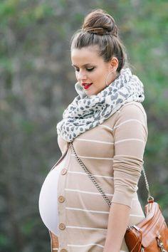 Fashionable maternity fashions outfits ideas 2