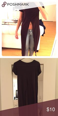 Long cut top from Zara Only been worn twice - in great condition Zara Tops Tees - Short Sleeve