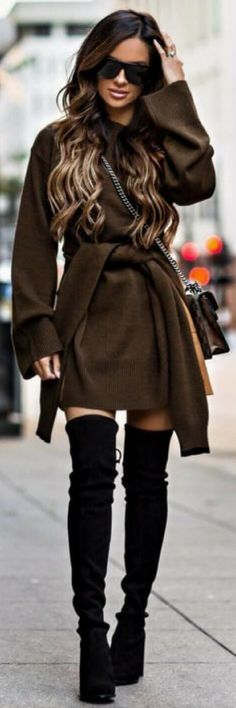 Stunning Layers Just Right For Fall - How To Style By Maria Vizuete http://ecstasymodels.blog/2017/10/09/stunning-layers-style-maria-vizuete/
