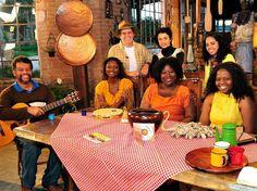 """O projeto """"Identidades Gerais"""" apresenta três diferentes projetos musicais que expõem suas regiões de origem repletas de som e literatura."""