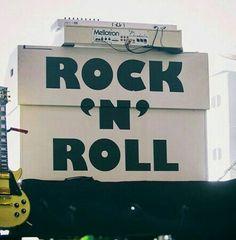 Rock n roll staaaarrr
