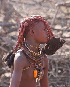 Retrato Adolescente Himba | Epupa Falls Area Kunene, Namibia | © Claudio e Lucia Images en el mundo, vía Flickr