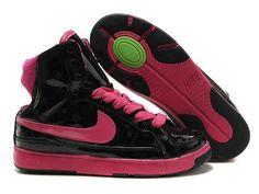 ナイキ Nike ウーメンズ エアトループミッド ブラック/ピーチ Nike0689