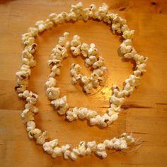 Popcorn string for the birds