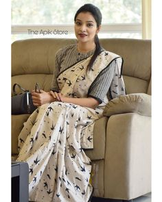 Check out this collection of best formal office wear sarees collection online from the brand The Apik store. Cotton Saree Blouse Designs, Saree Blouse Patterns, Fancy Blouse Designs, Latest Saree Blouse Designs, Indian Blouse Designs, Kurta Designs, Saris, Formal Saree, Casual Saree