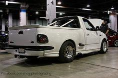 Svt Lightning, Ride The Lightning, Hot Rod Trucks, Toy Trucks, Ford Lighting, Ford Svt, Fox Body Mustang, Chevrolet Ss, Custom Trucks