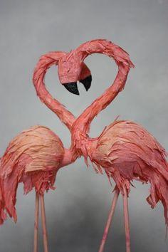 pink flamingos. crepe paper cake topper