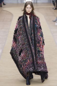 Chloé Fall 2016 Ready-to-Wear Fashion Show - Julie Hoomans