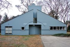Vanna Venturi House by Robert Venturi. Made in 1964.  Shows shape, balance and line
