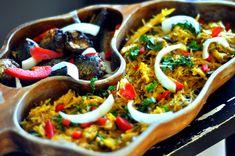 Jak myślisz co jada się w Afryce? Otóż w posiłkach Afrykańczyków, przeważają potrawy z owoców, jednak również są to i warzywa wraz ze zbożami.