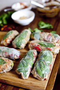 Pad Thai Wraps | ourfourforks.com #vegan #thai #glutenfree