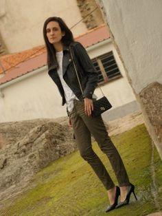 Oasap Purificacion Cazadora Marialeon Invierno Chaqueta Combinar Pantalones Negro Outfit Bolso Verdesvestido 2012 Garcia Cargopantalones Negra xvqXwx05
