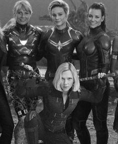 Marvel Avengers, Avengers Cast, Avengers Movies, Marvel Women, Marvel Girls, Marvel Actors, Marvel Dc Comics, Marvel Heroes, Marvel Movies