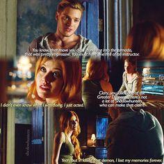 "#Shadowhunters 1x04 ""Raising Hell"" - Clary and Jace"