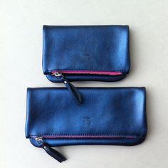 Pochettes pliées / blue shiny calf#ateliersaintloup