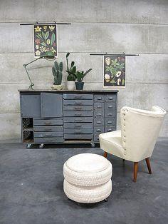 Vintage retro cocktail stoel cocktail chair clubfauteuil & hocker voetenbank www.bestwelhip.nl