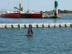 L'Open 60 SAFRAN RC dans le port de Lorient Radios, Courses, Boat, Vehicles, Dinghy, Boats, Car, Vehicle, Ship