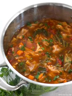 Forget the cabbage soup diet, you'll want to eat this super healthy vegetarian cabbage soup just because it tastes incredible! Vegetarian Cabbage Soup, Cabbage Soup Diet, Cabbage Soup Recipes, Diet Soup Recipes, Vegetarian Recipes, Healthy Recipes, Gm Diet Soup, Veggie Soup, Potato Recipes