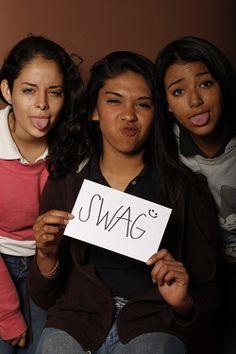 Swag, Spanic Casanova, Estudiante, UANL, Monterrey, México  Swag, Kareny Valdez, Estudiante, UANL, Monterrey, México  Swag, Kenia Niño, Estudiante, UANL, Monterrey, México